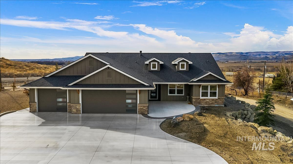 3225 Purdom Ln Property Photo