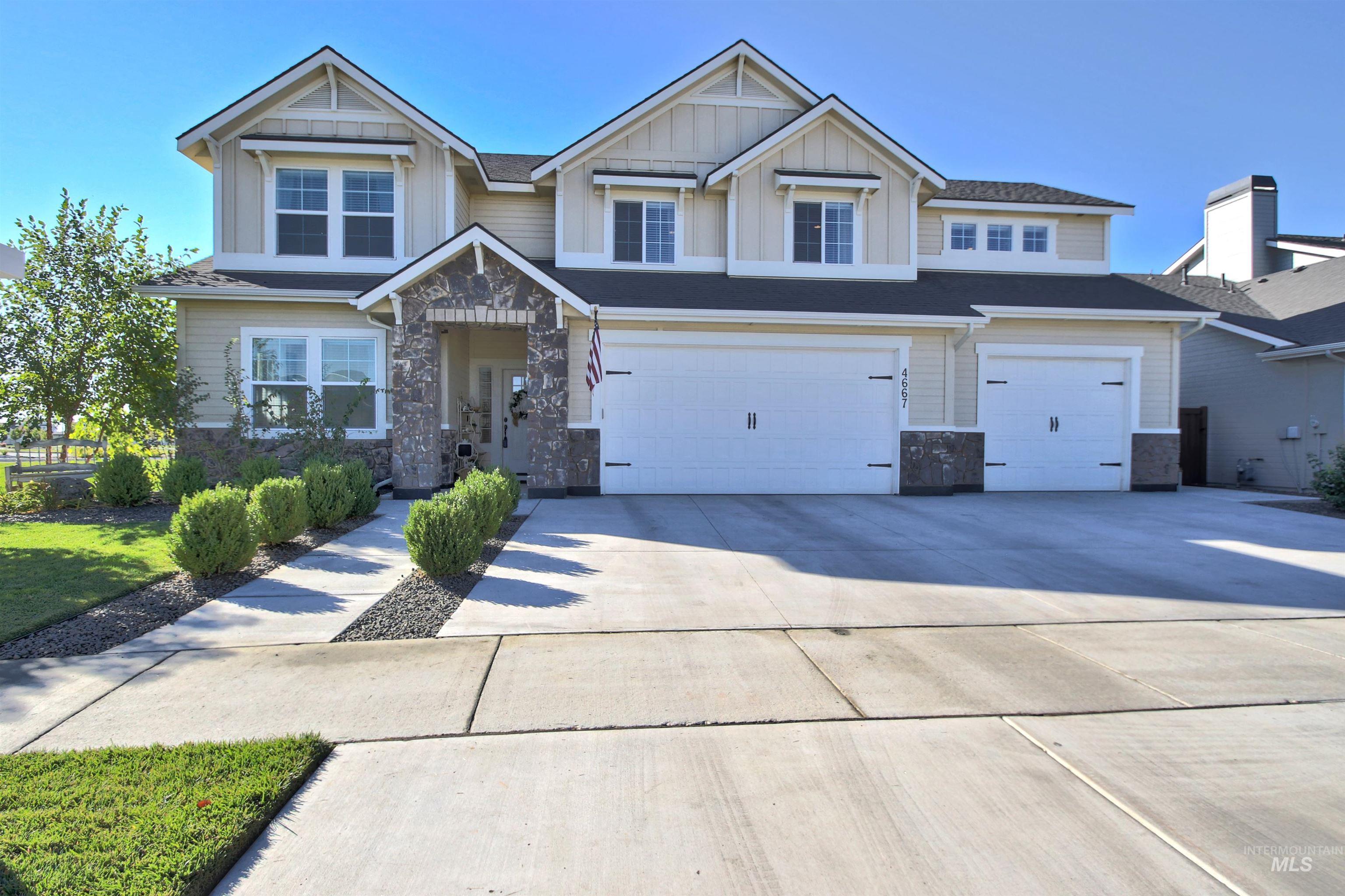 4667 W Ladle Rapids St Property Photo
