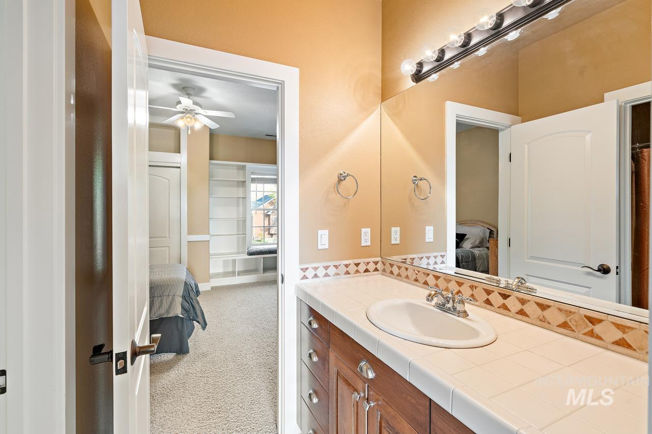4375 N Arrow Crest Way Property Photo 34