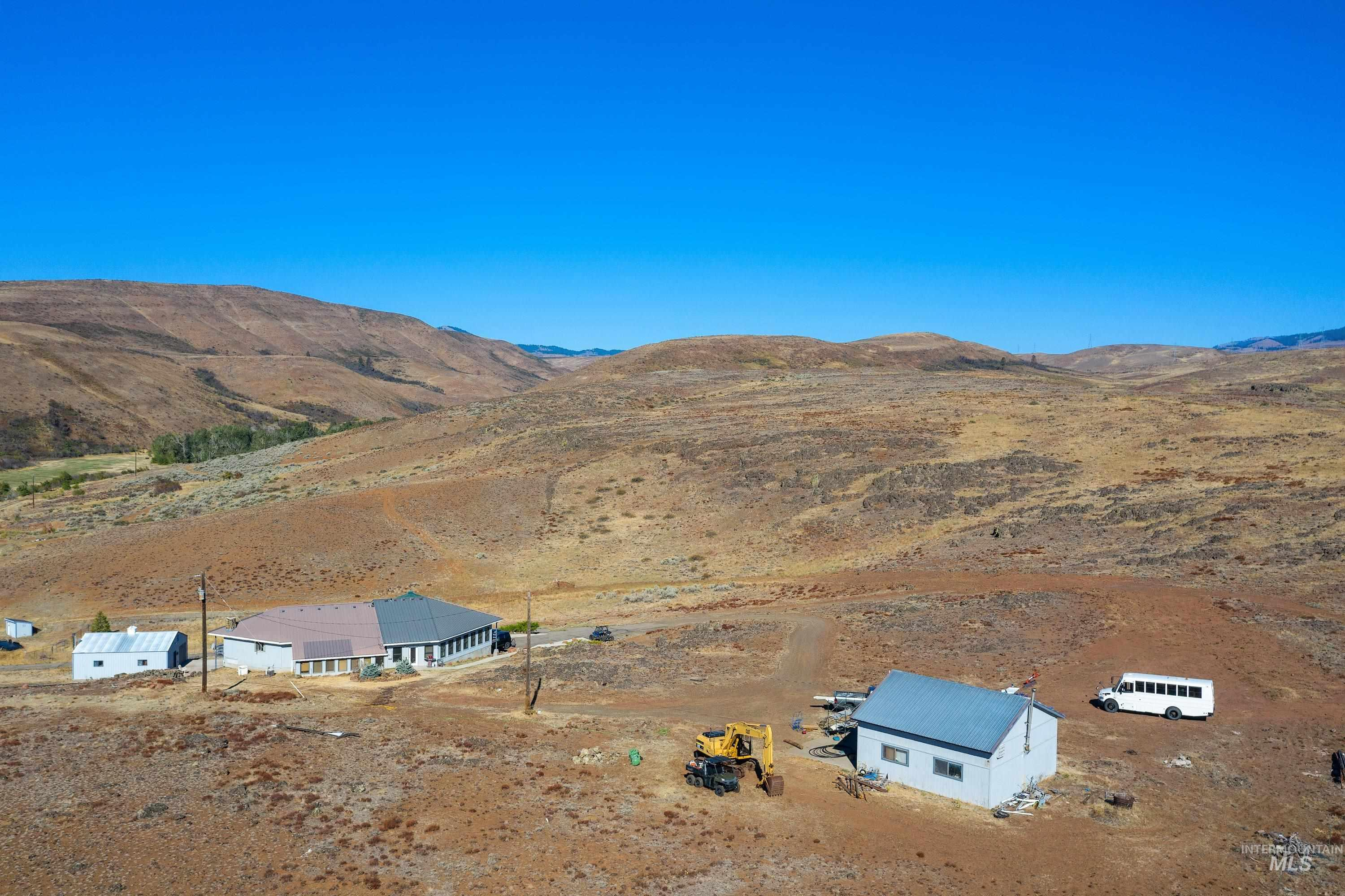 3068 Hwy 71 And Land Property Photo 7