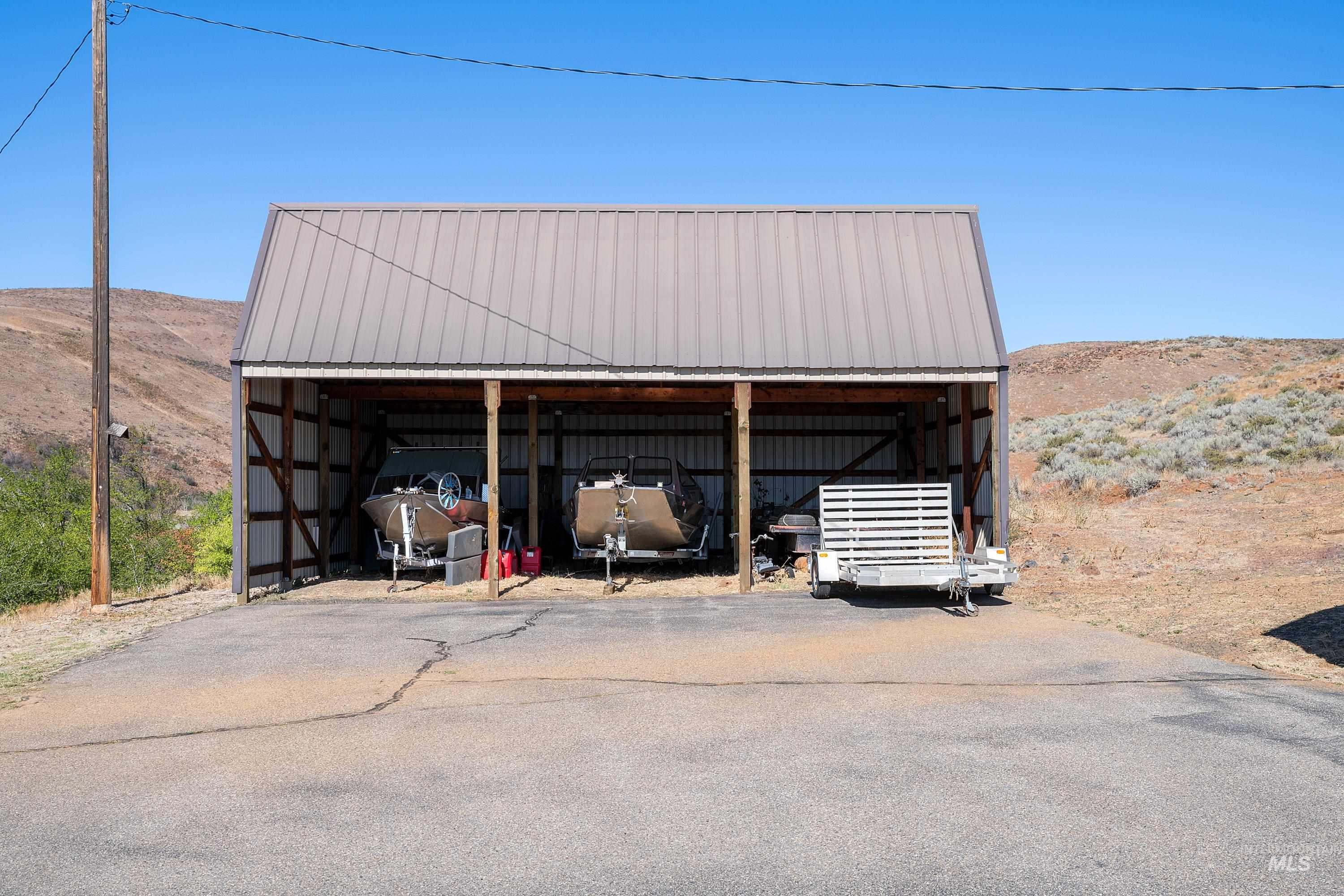 3068 Hwy 71 And Land Property Photo 13