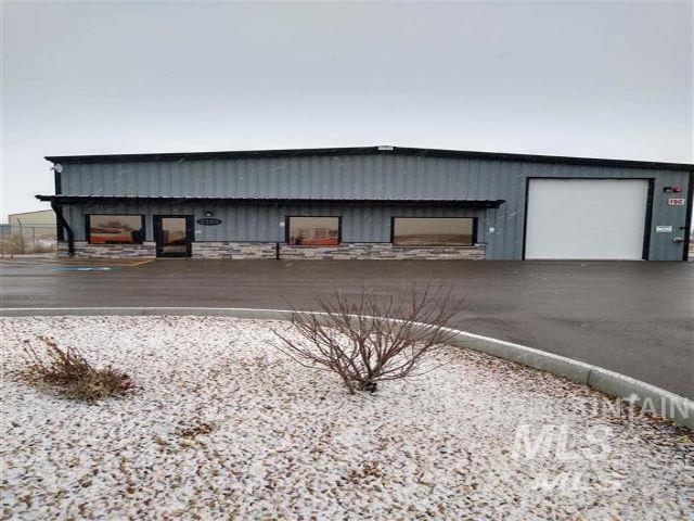 3773 E Comstock Property Photo