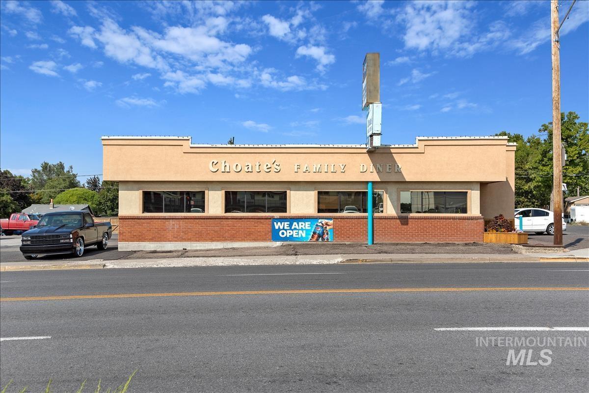 400 W Main St. Property Photo 35