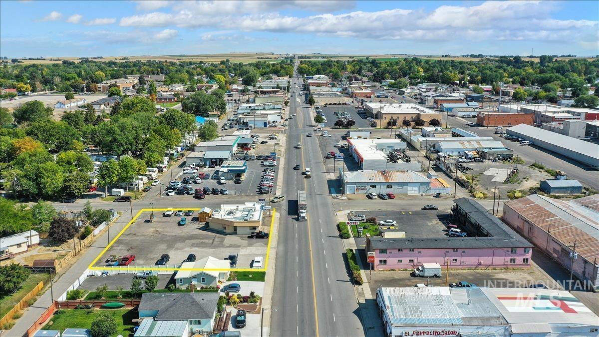 400 W Main St. Property Photo 39