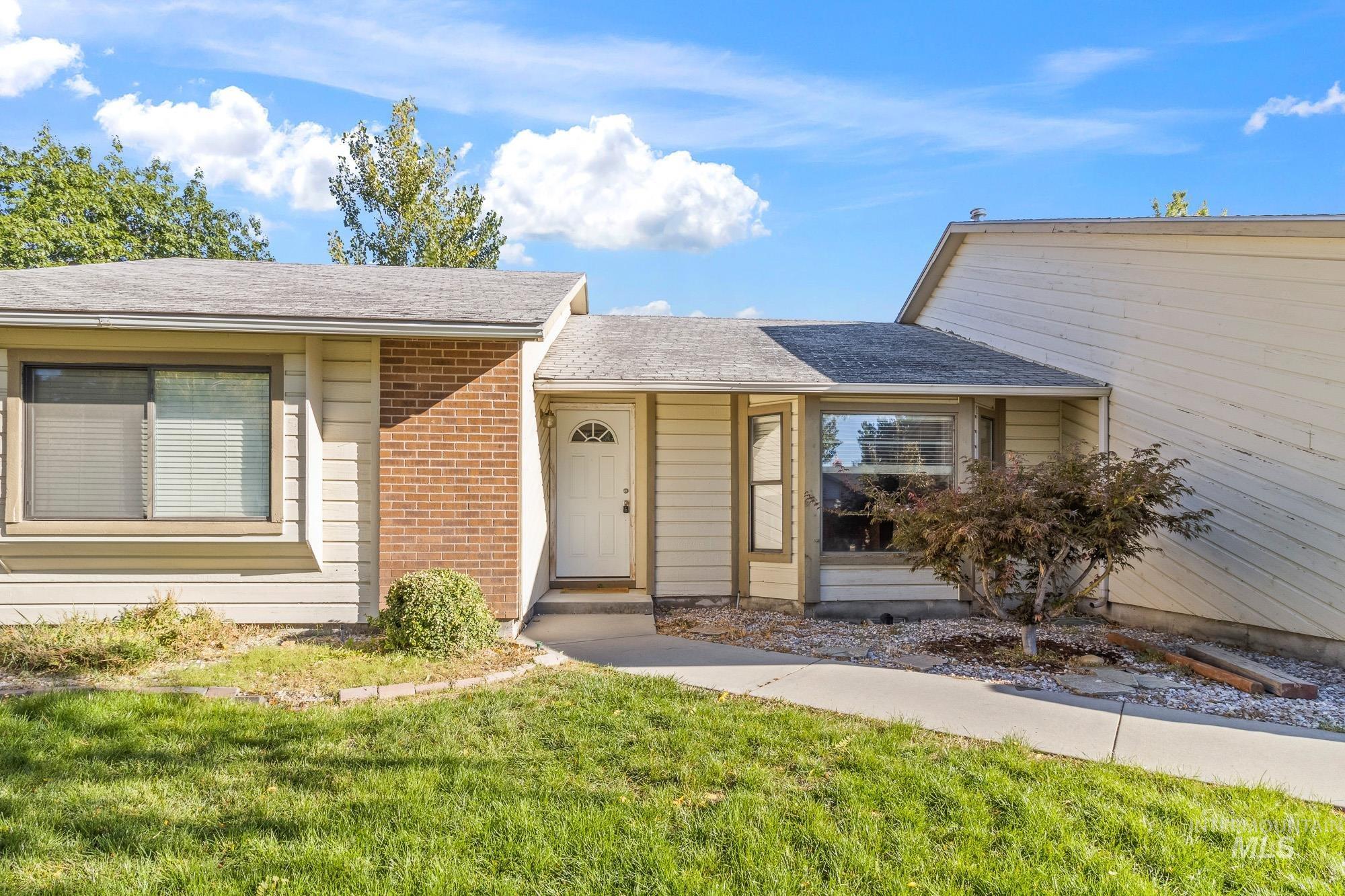 Cloverdale Park Real Estate Listings Main Image