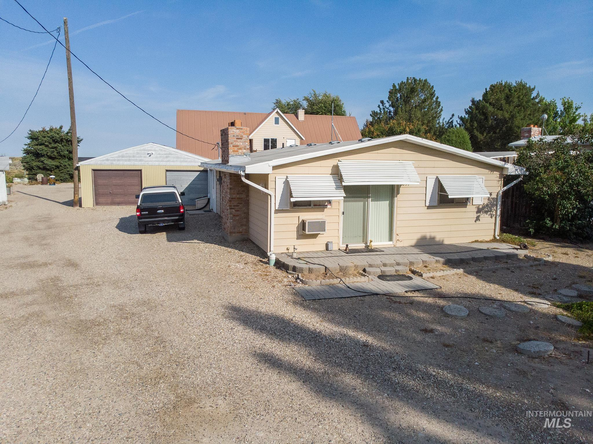 17855 Pleasant Valley Rd. Property Photo 13
