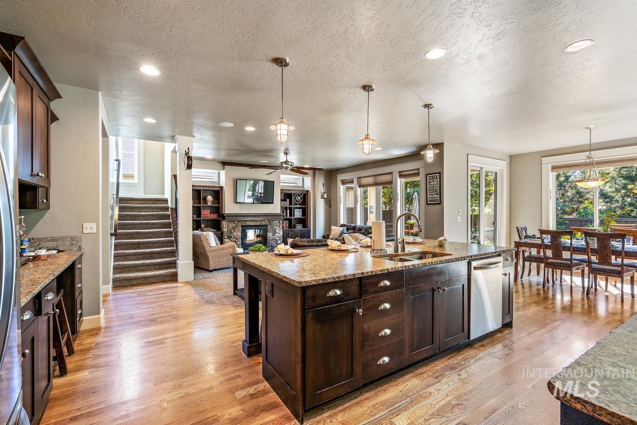 6029 E Grand Prairie Property Photo 21