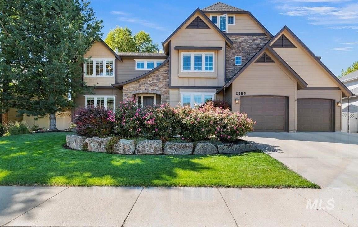 2285 W Windchime Drive Property Photo