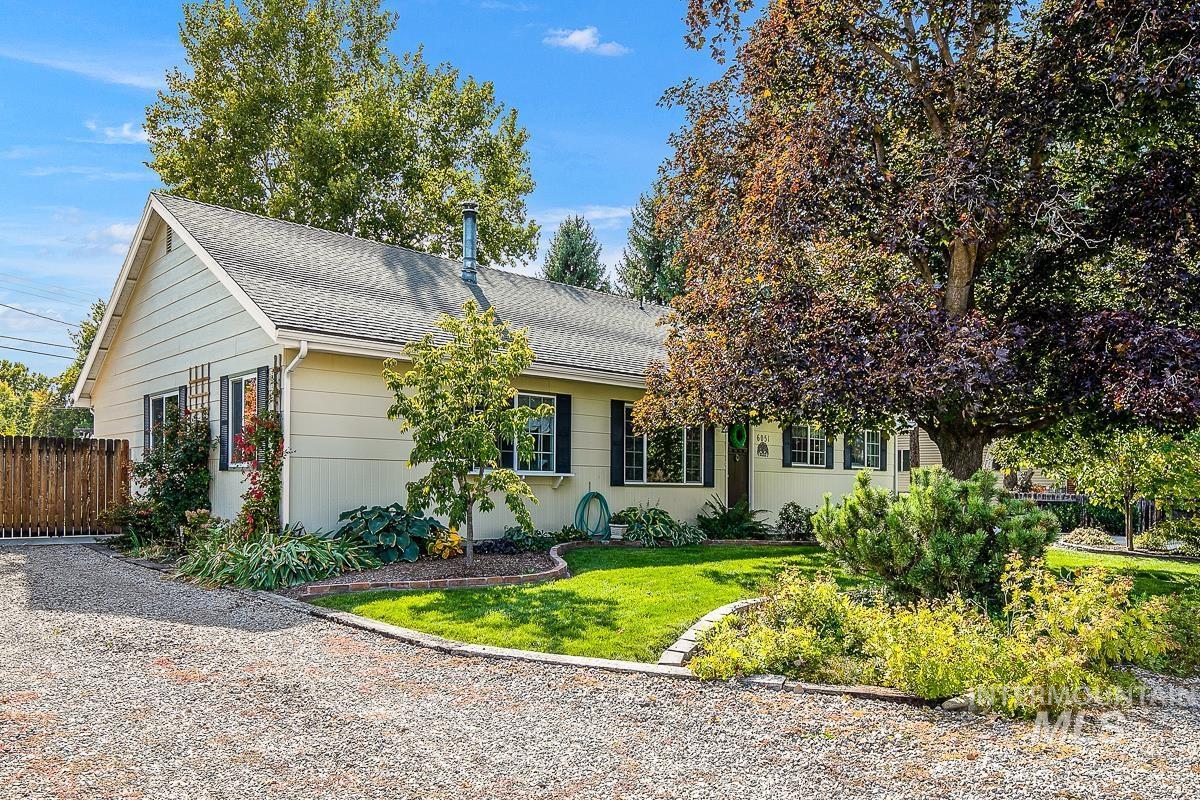 Elmer Davis Real Estate Listings Main Image