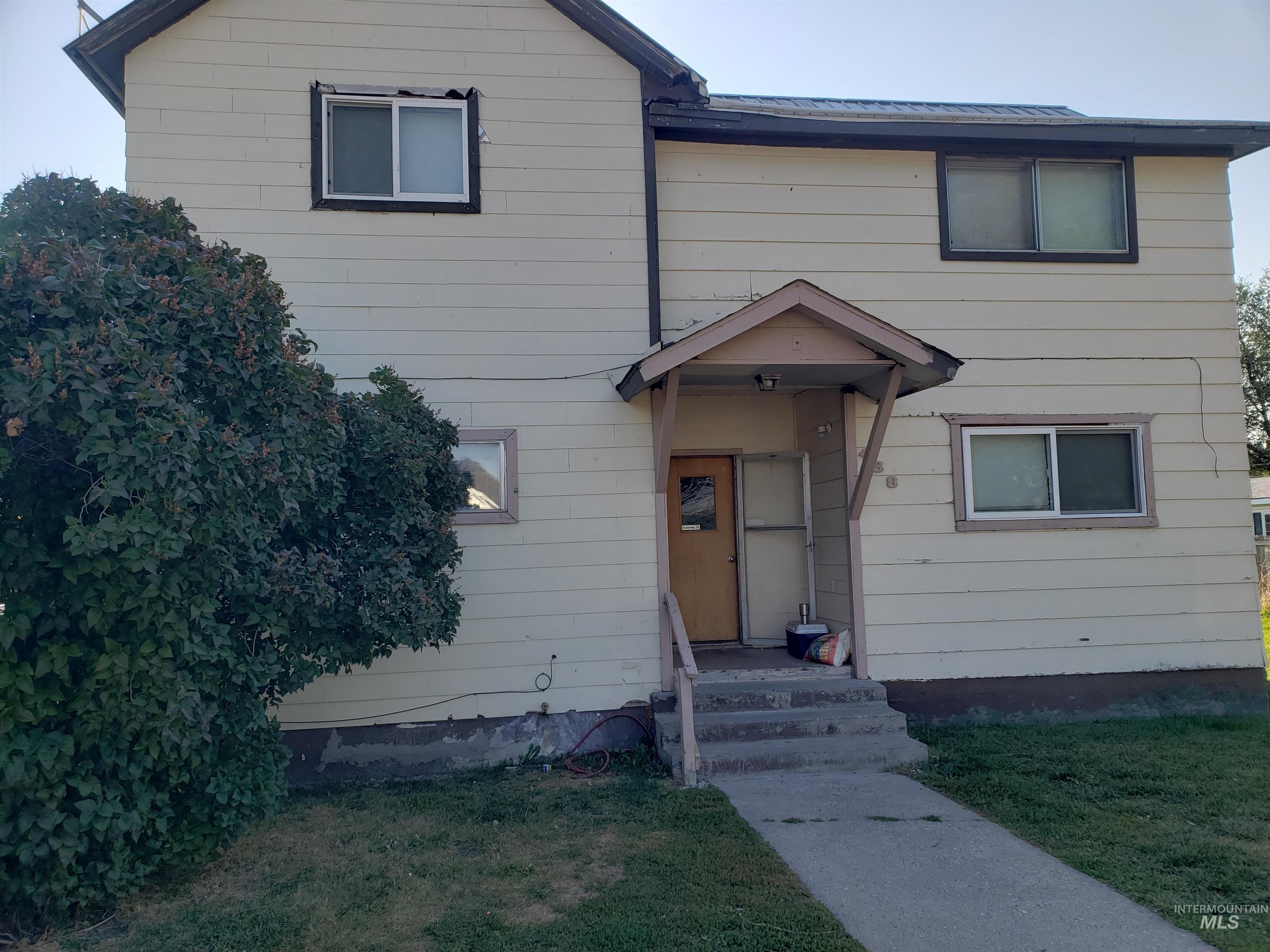 438 N Stout Avenue Property Photo