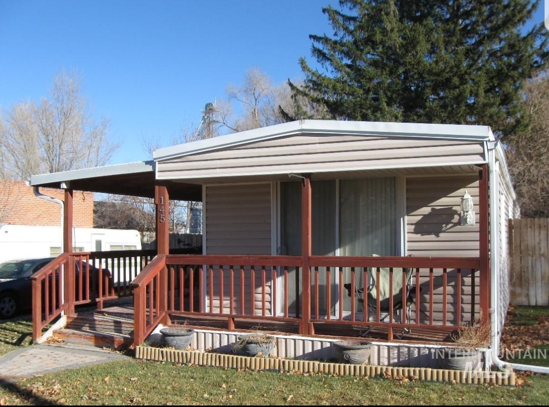 145 N Lenz Ave Property Photo