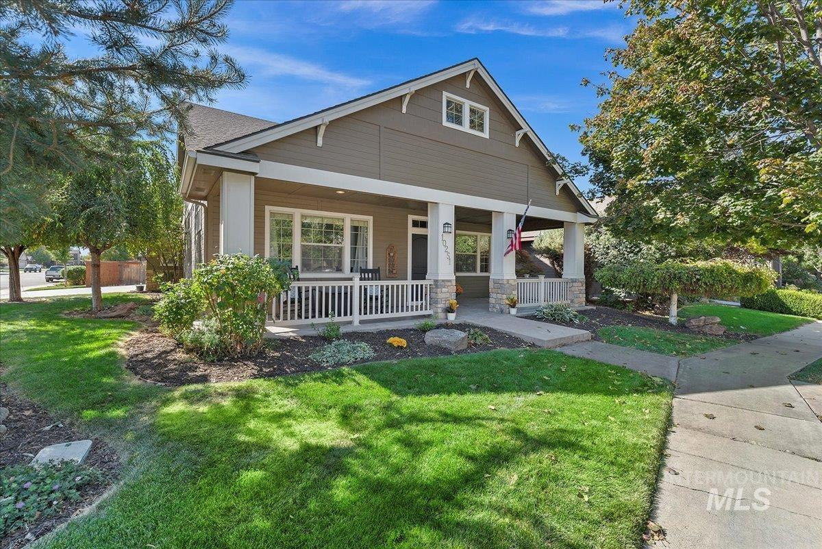 Brownstone Real Estate Listings Main Image