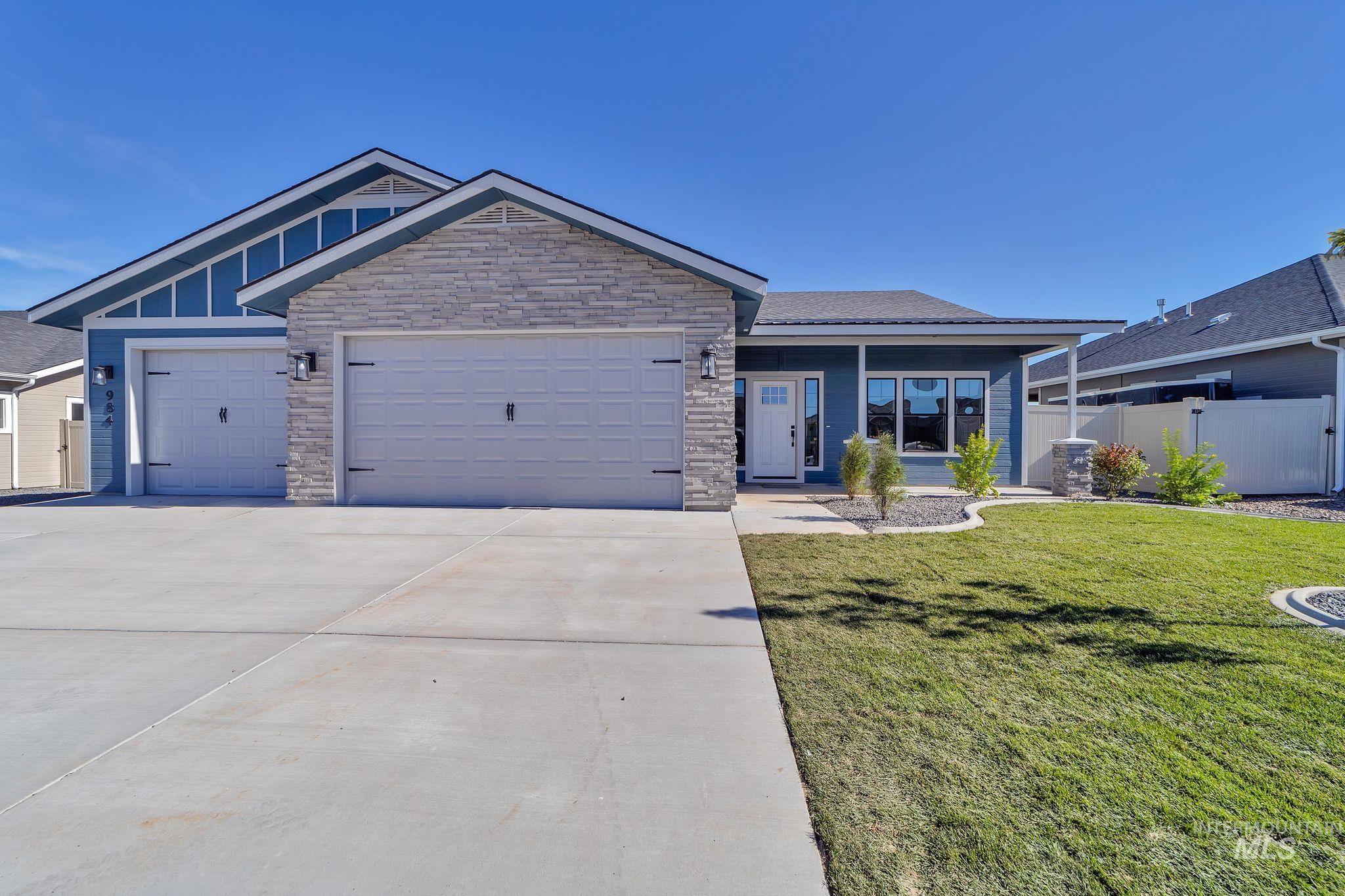 1006 Kenbrook Loop Property Photo 1