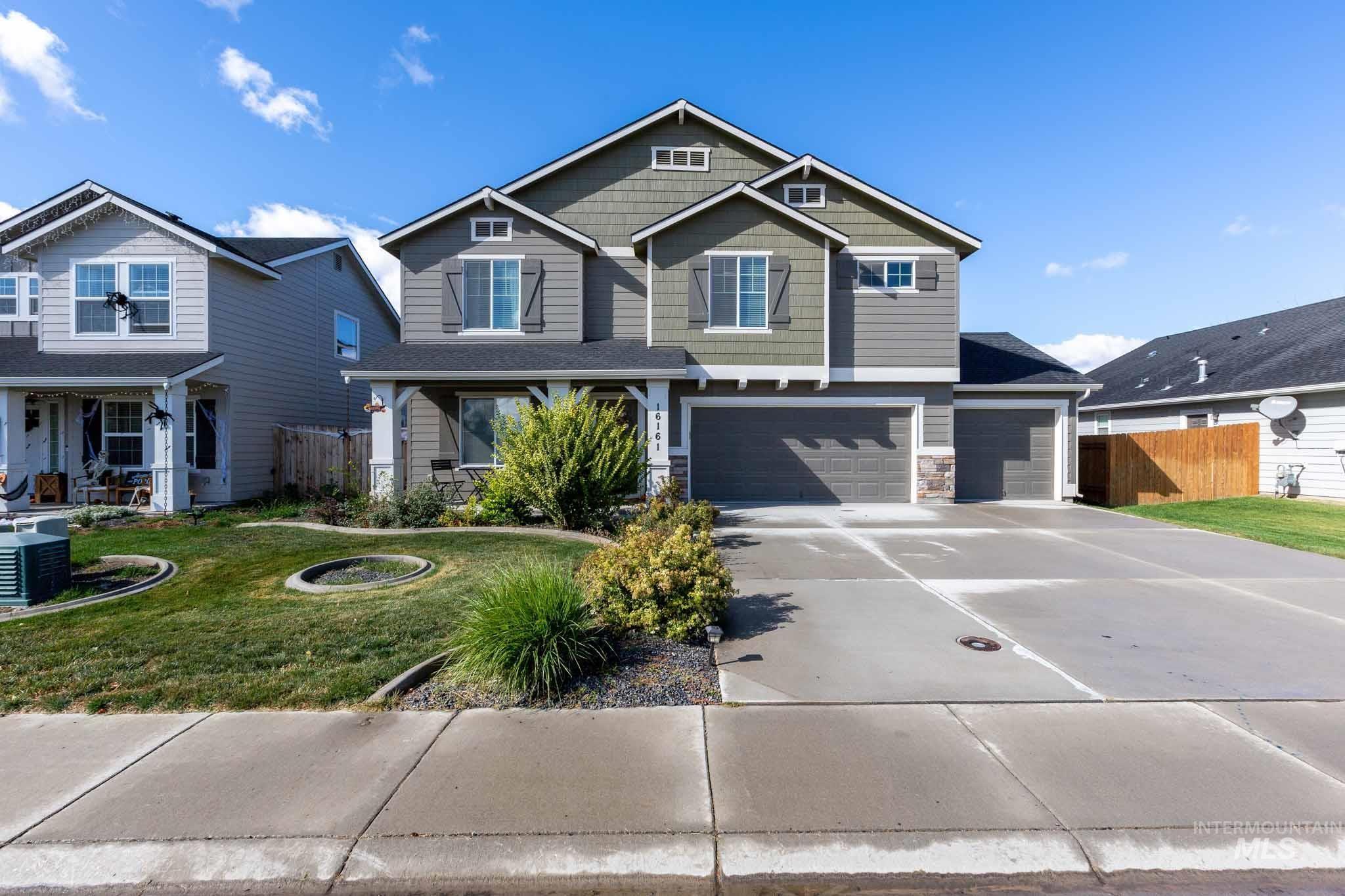 Dakota Crossing Real Estate Listings Main Image