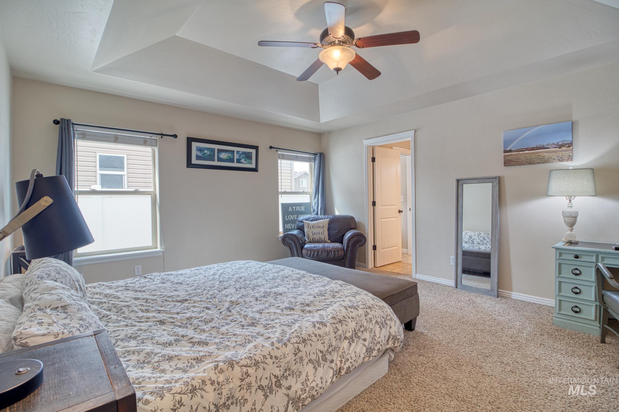 1040 Kelly Avenue Property Photo 18