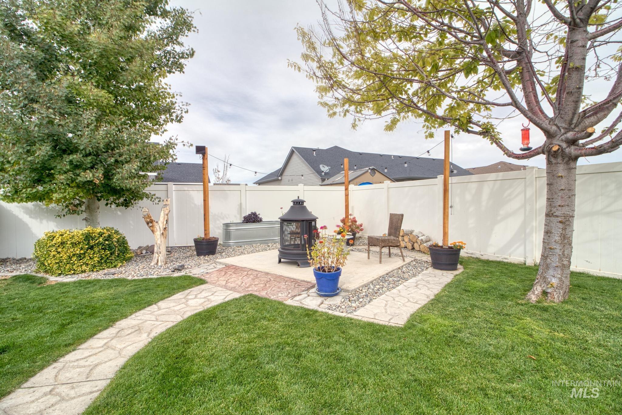 1040 Kelly Avenue Property Photo 30