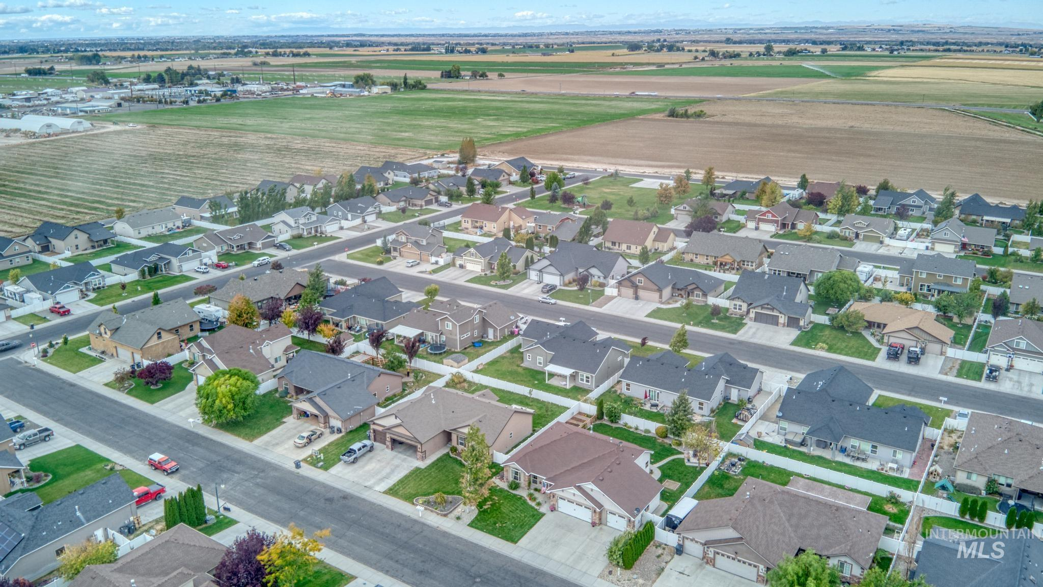 1040 Kelly Avenue Property Photo 34
