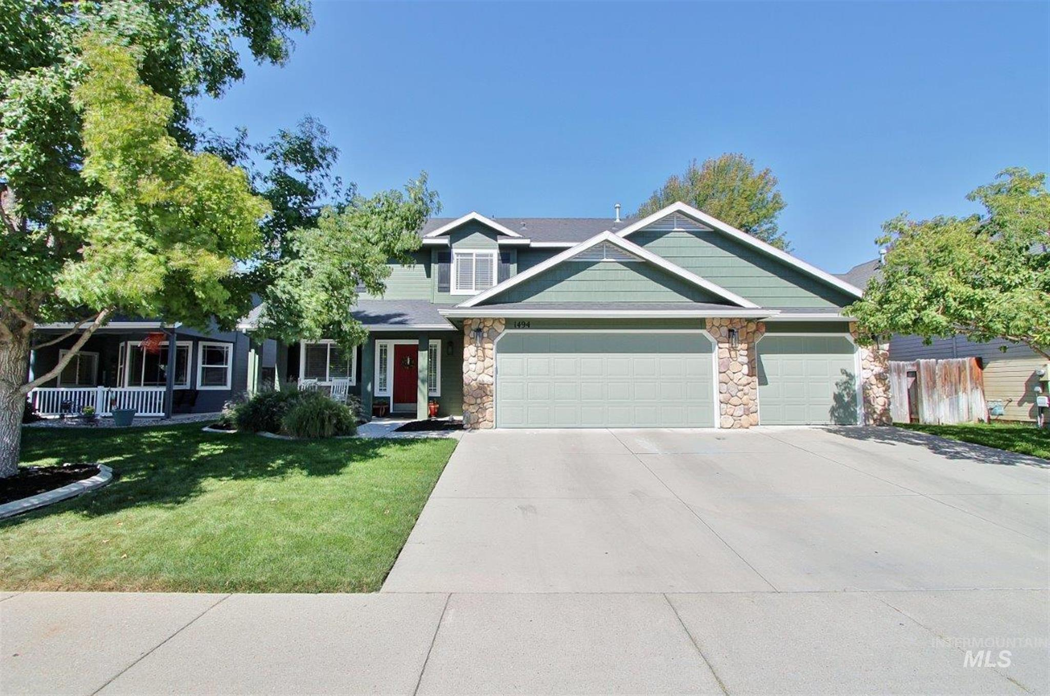 1494 W White Sands Dr Property Photo