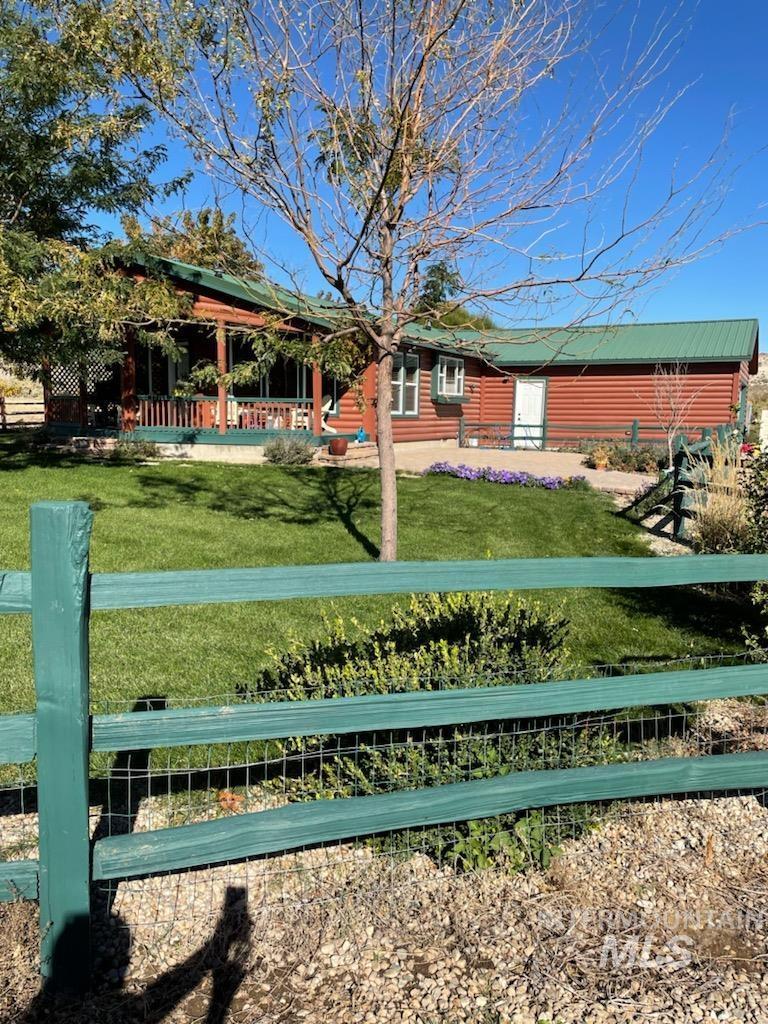 16635 Bates Creek Road Property Photo 1