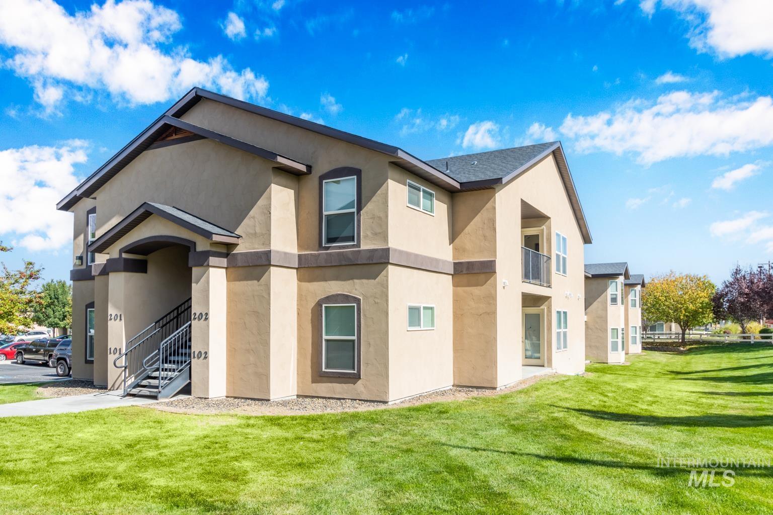 11106 W Brassy Cove Loop Property Photo 2