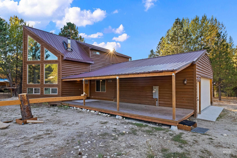 417 Elk Creek Rd Property Photo