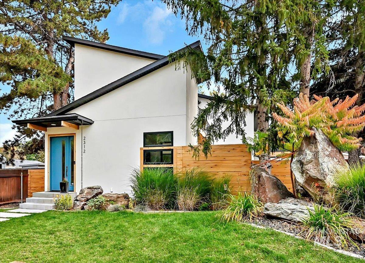 2312 N 29th Property Photo
