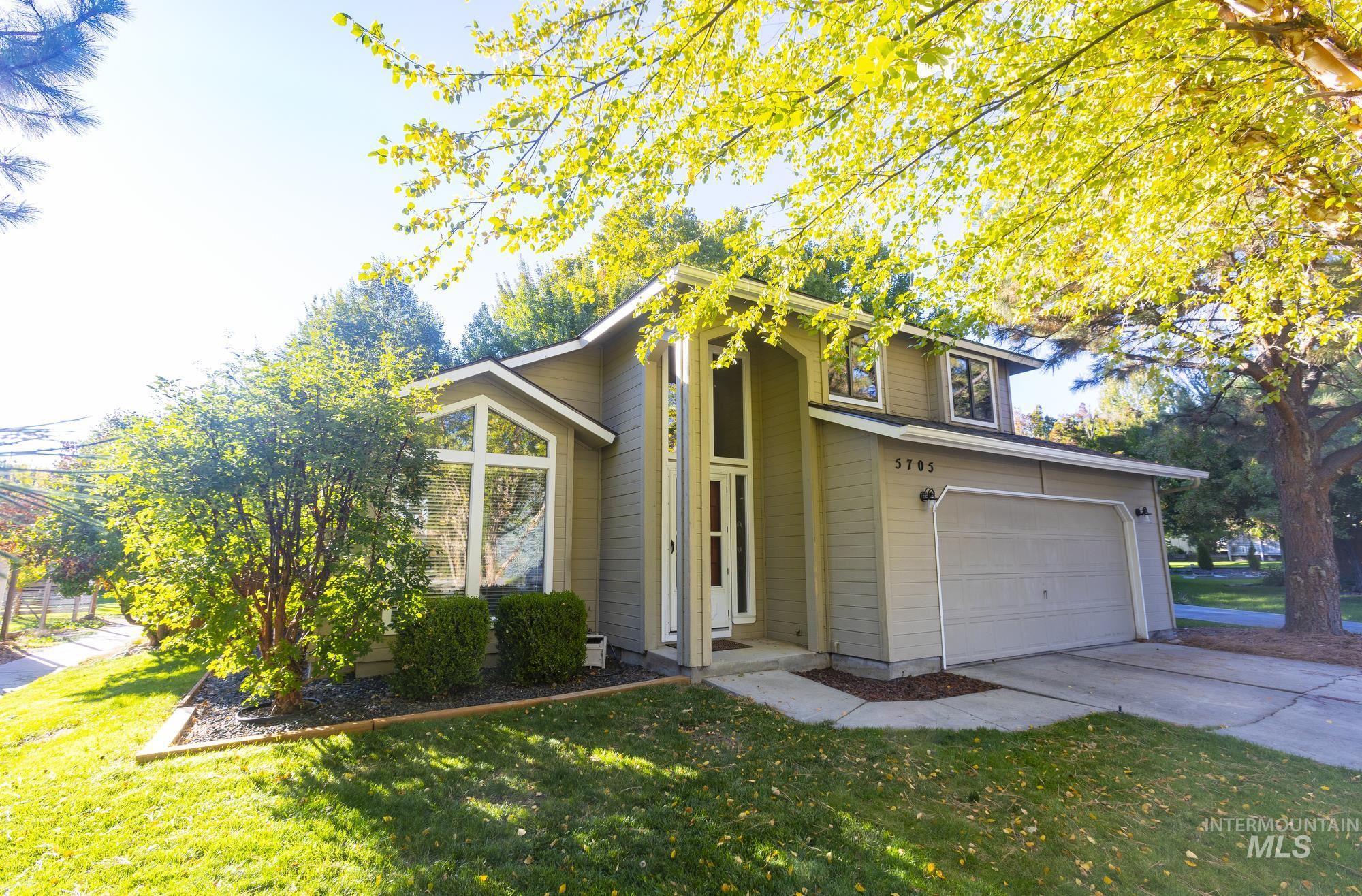 5705 W Parapet Ct. Property Photo