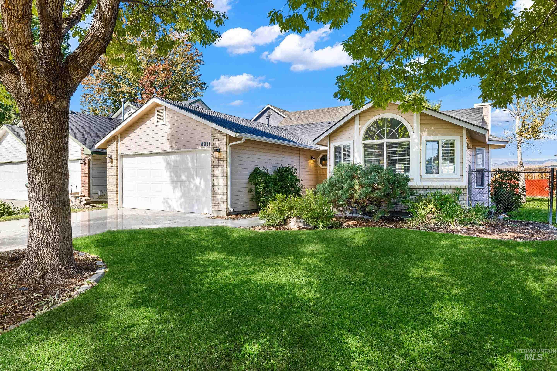 4211 S Danridge Ave Property Photo