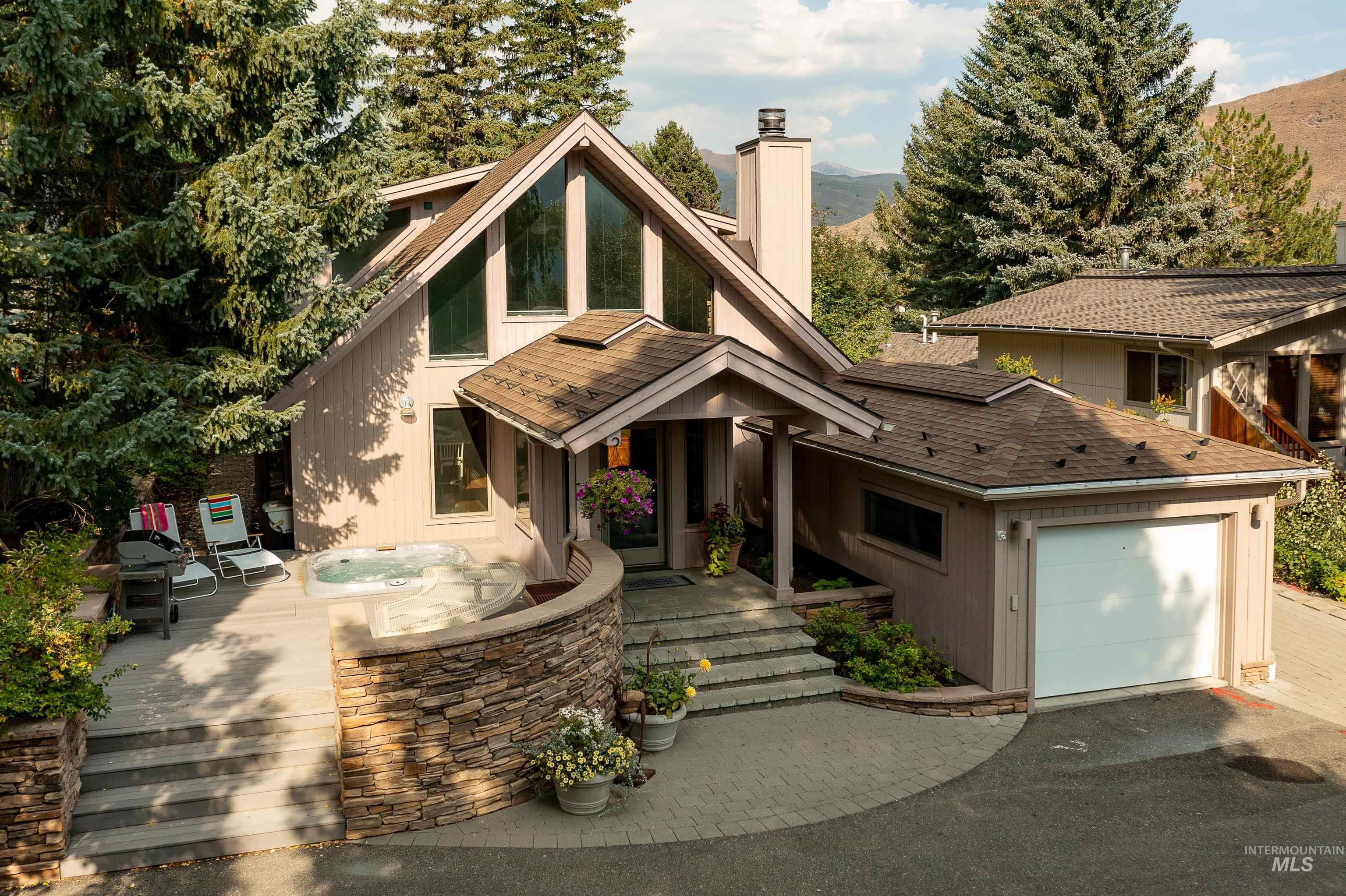 83340 Real Estate Listings Main Image