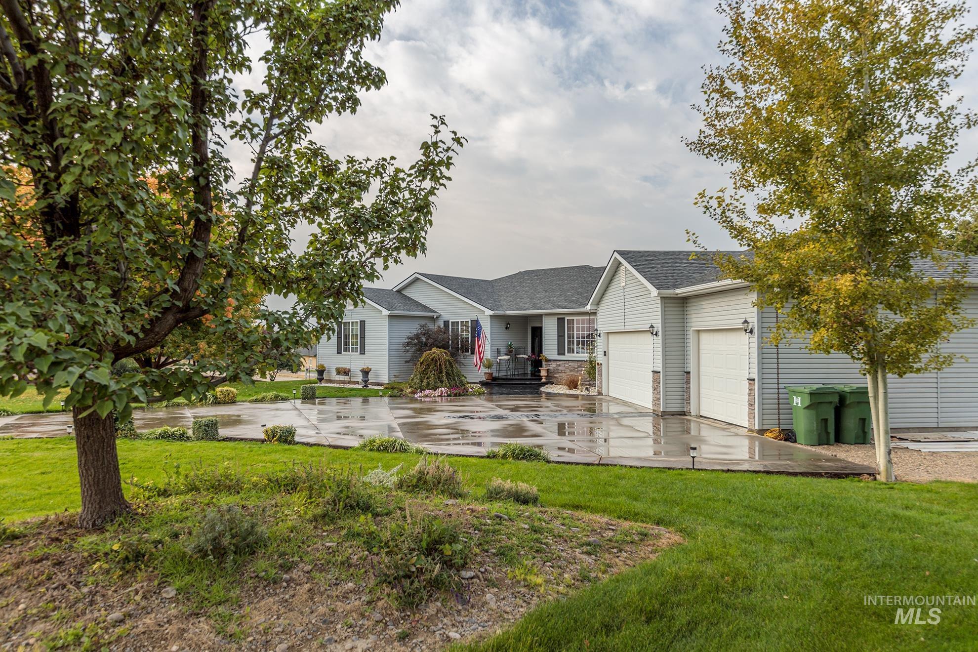 2022 Zach Blvd Property Photo
