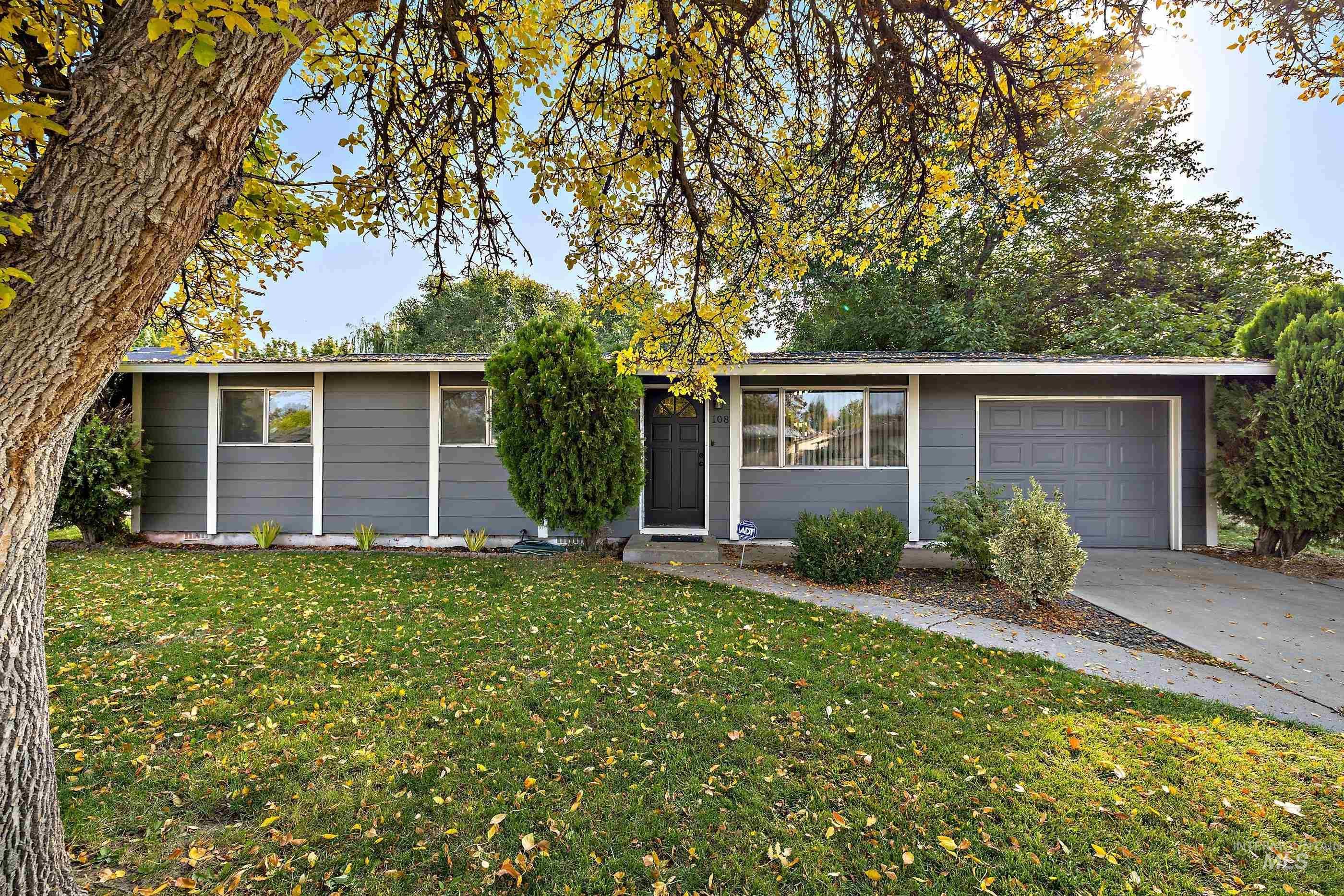 Davis Sub Can Real Estate Listings Main Image