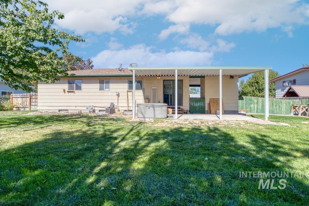 1567 Princeton Property Photo 25