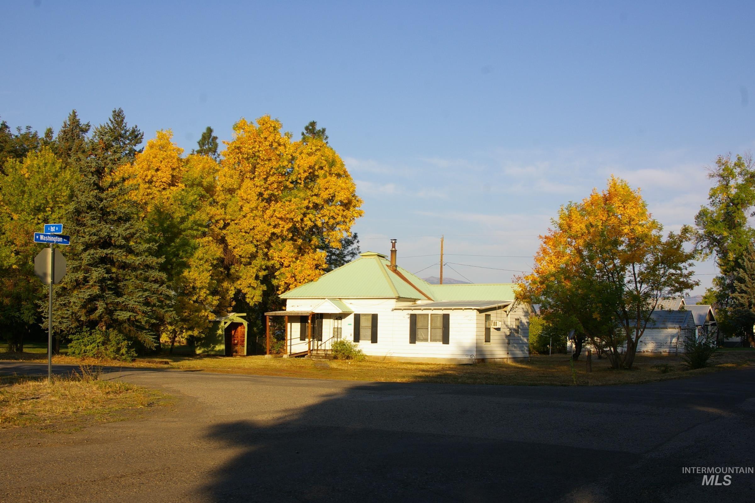 115 S 1st St. Property Photo