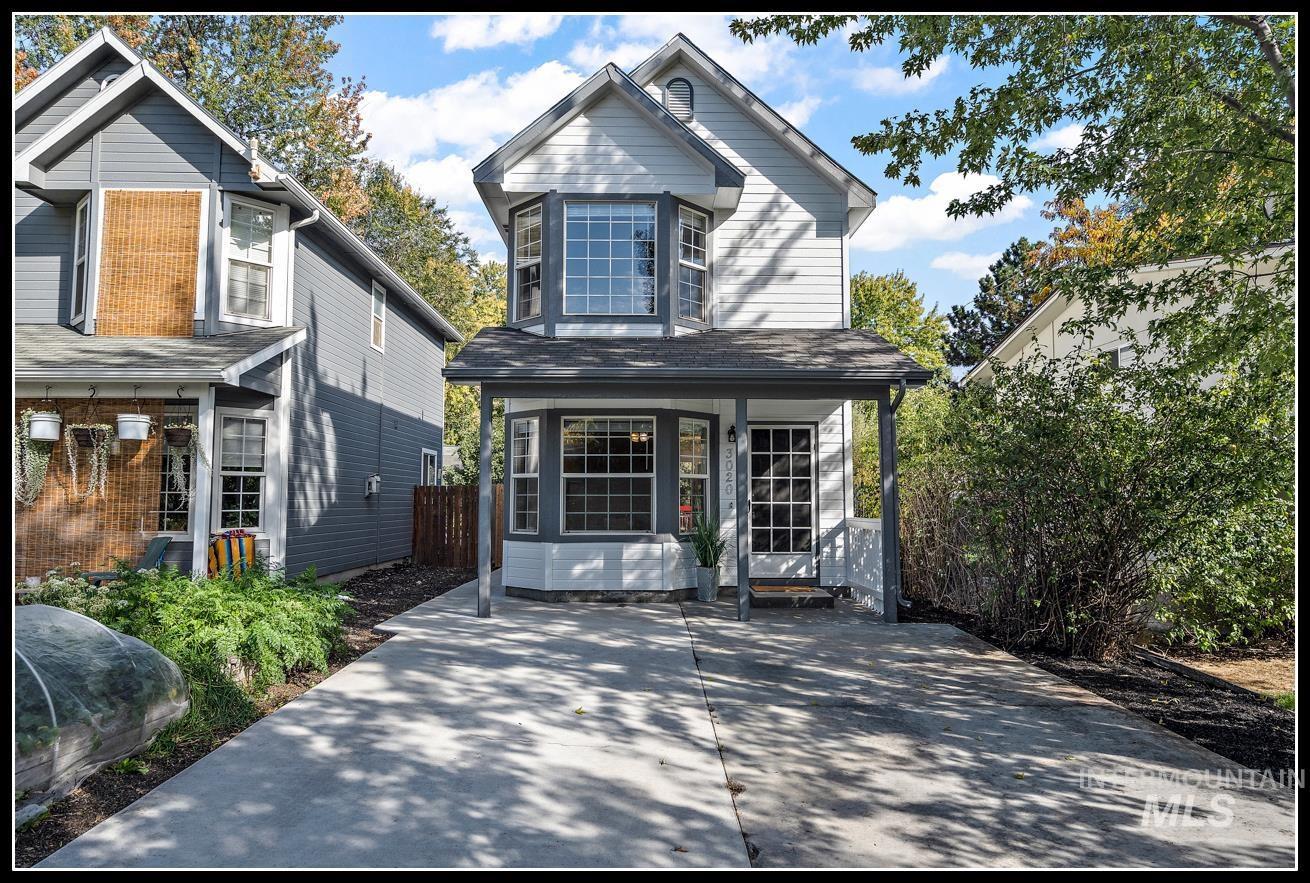 3020 N 35th St Property Photo