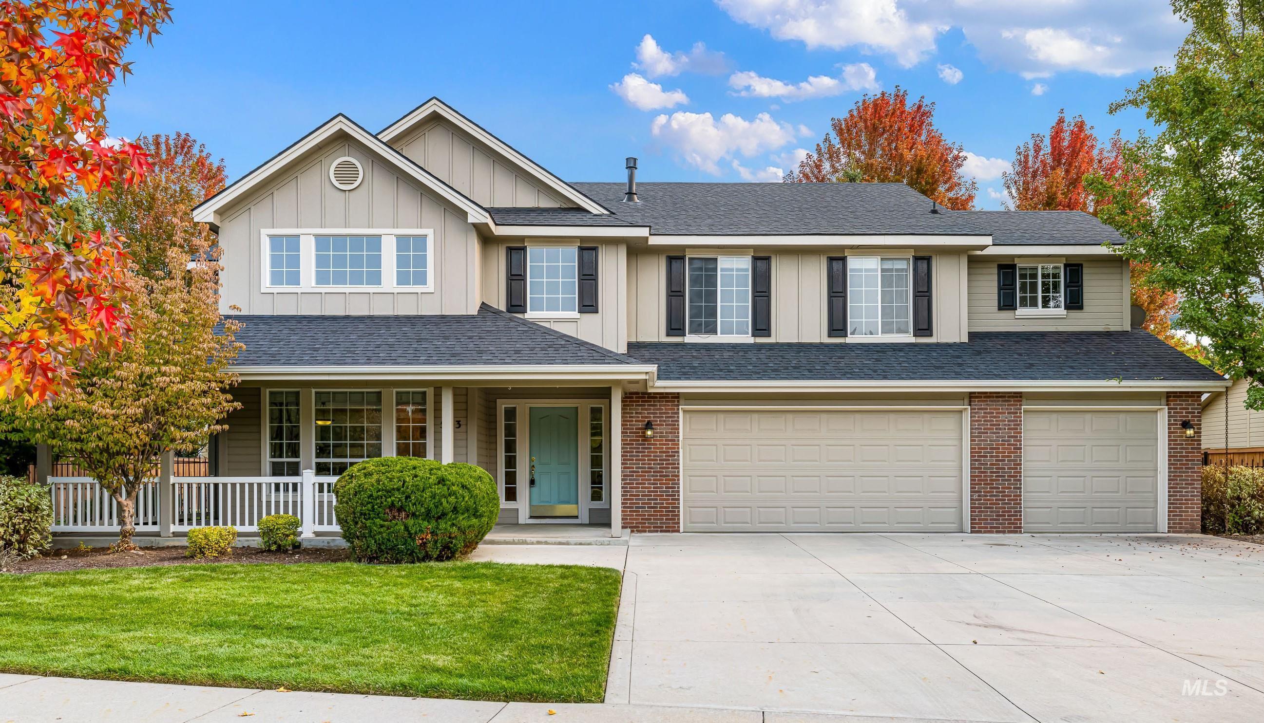 553 E Brookwood Dr Property Photo 1