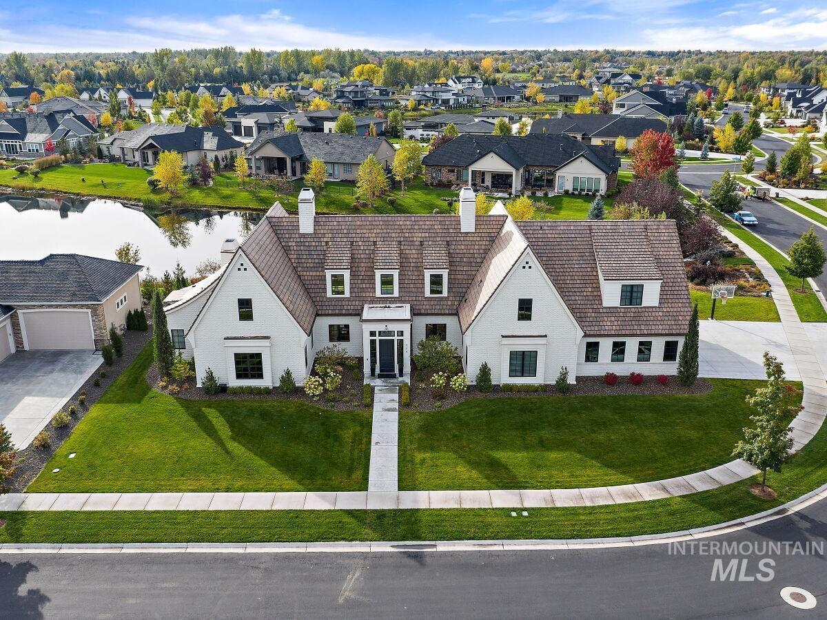 724 S Brentbrook Ln Property Photo