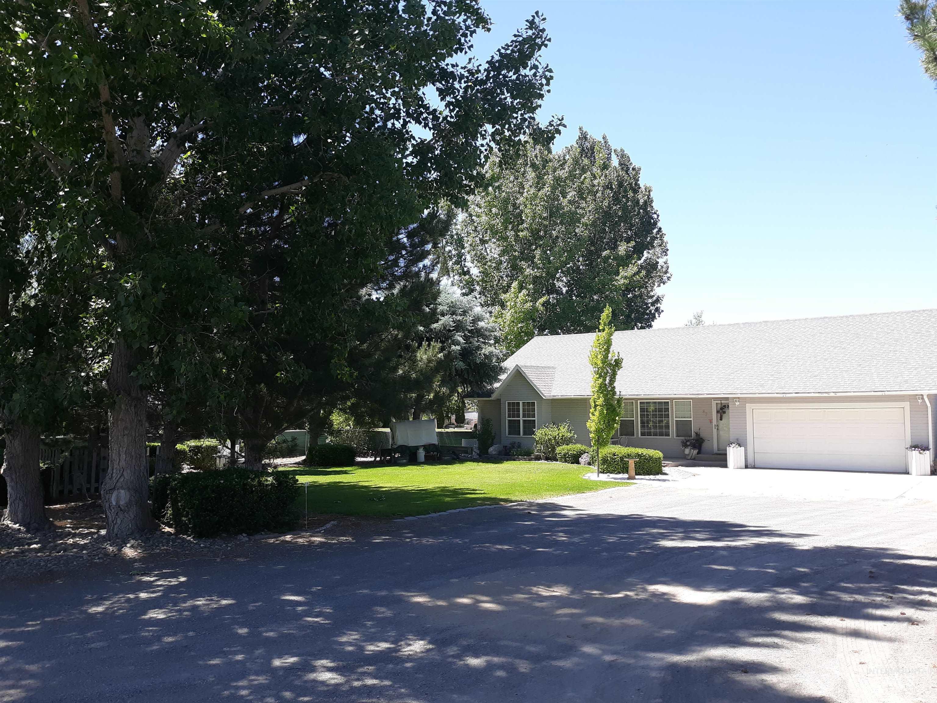 87 Sunnyside Dr. Property Photo 1