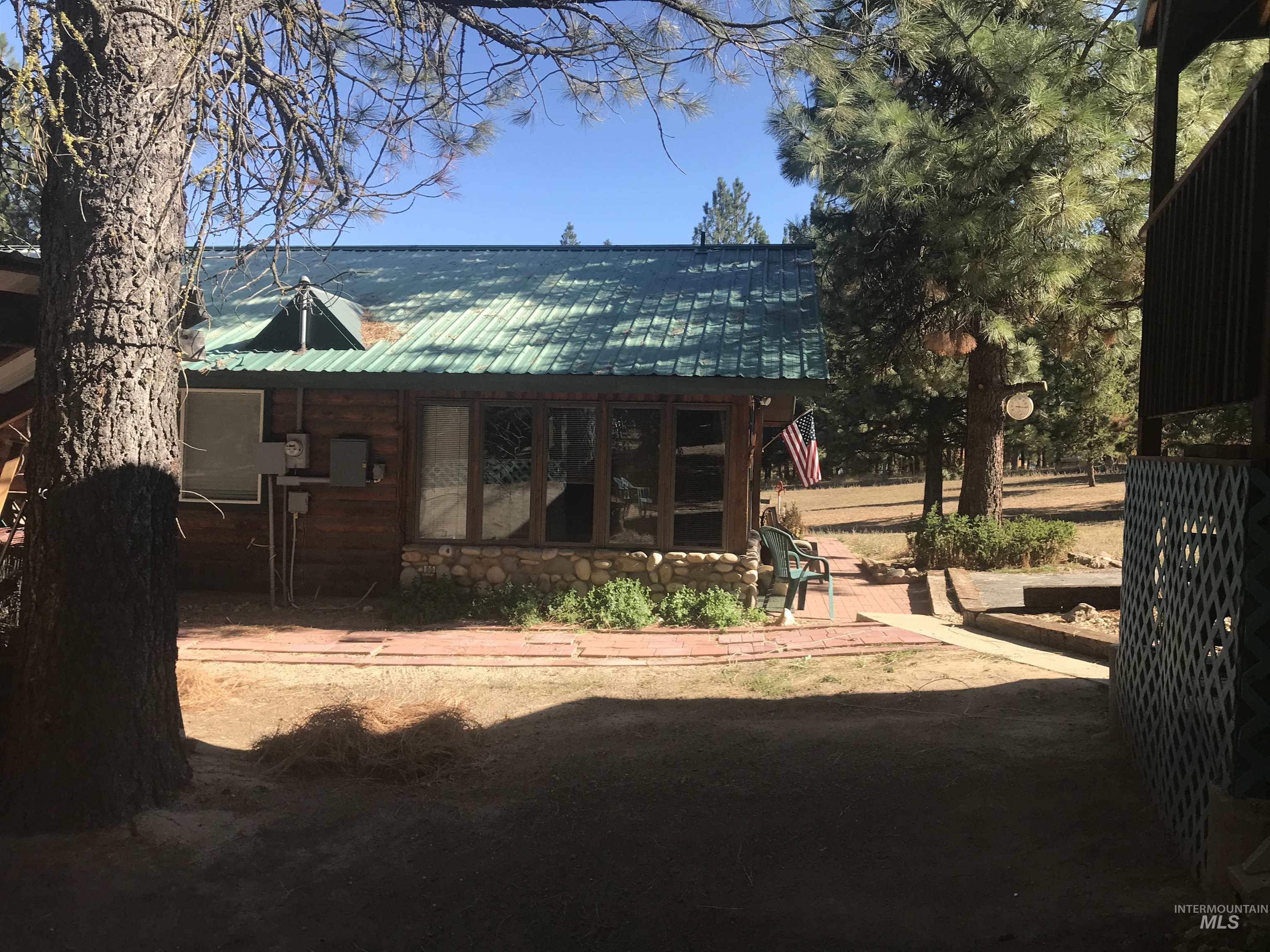 3 Cedar Ln Property Photo