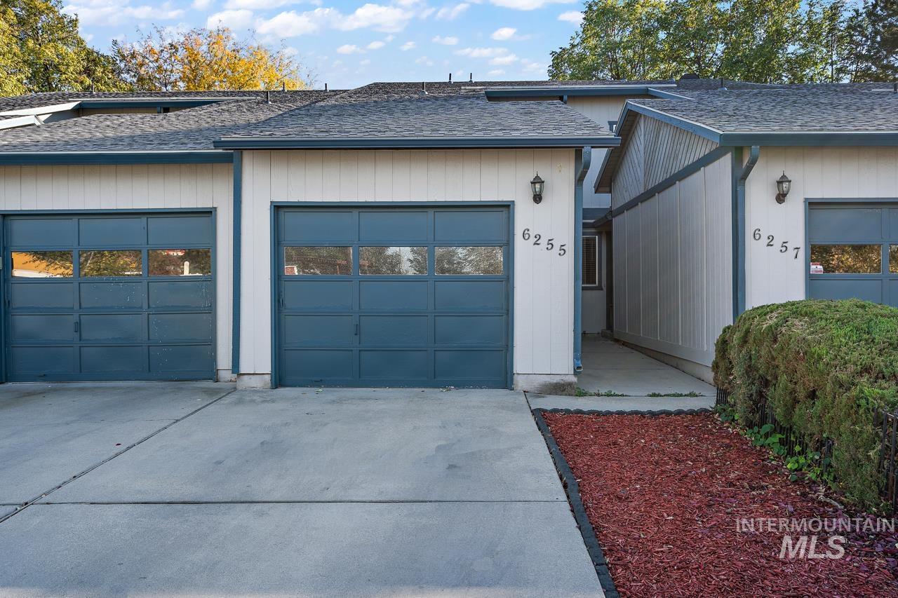 6255 W Morris Hill Road Property Photo