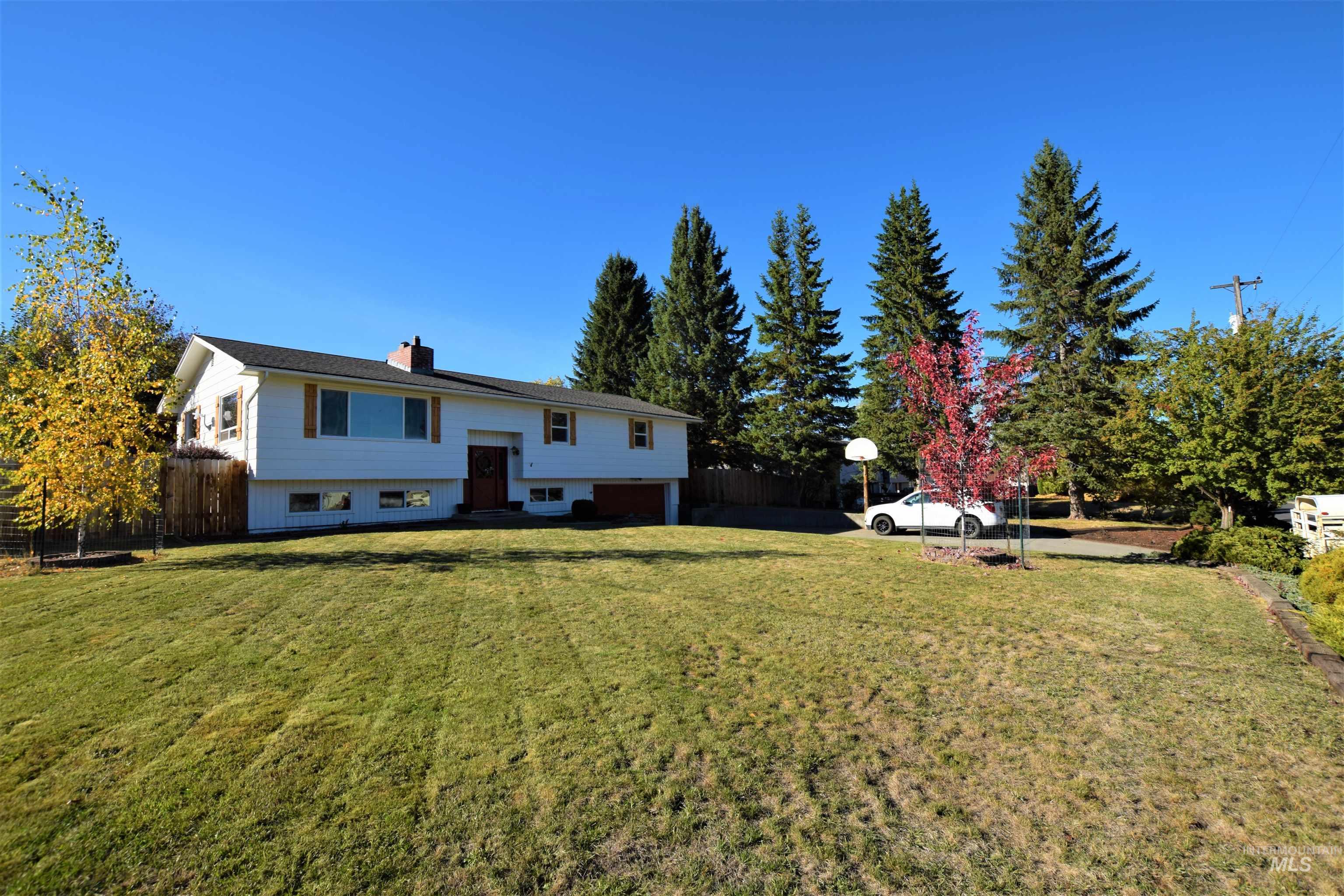 916 S Idaho Ave Property Photo