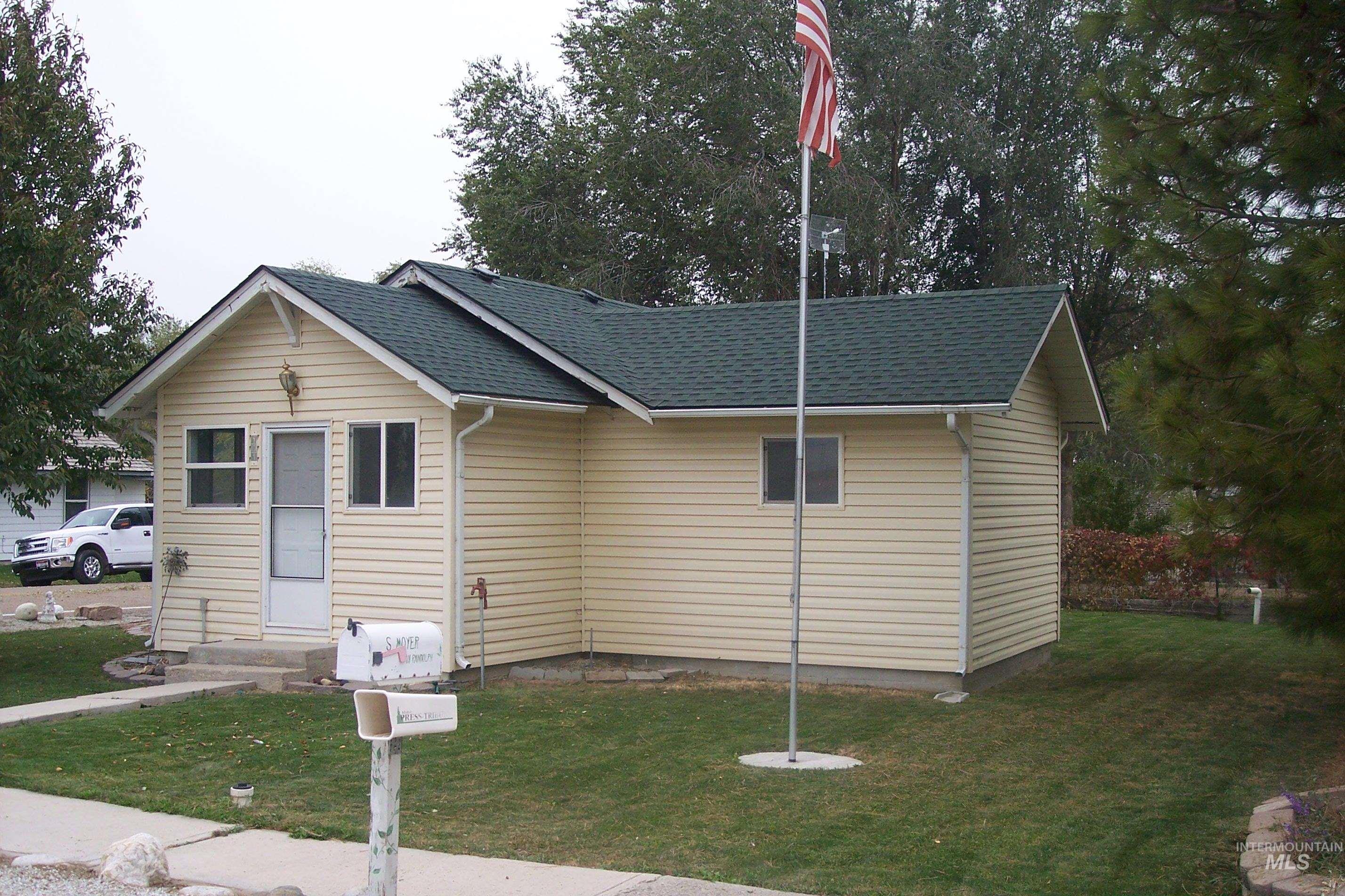 101 Randolph Ave Property Photo