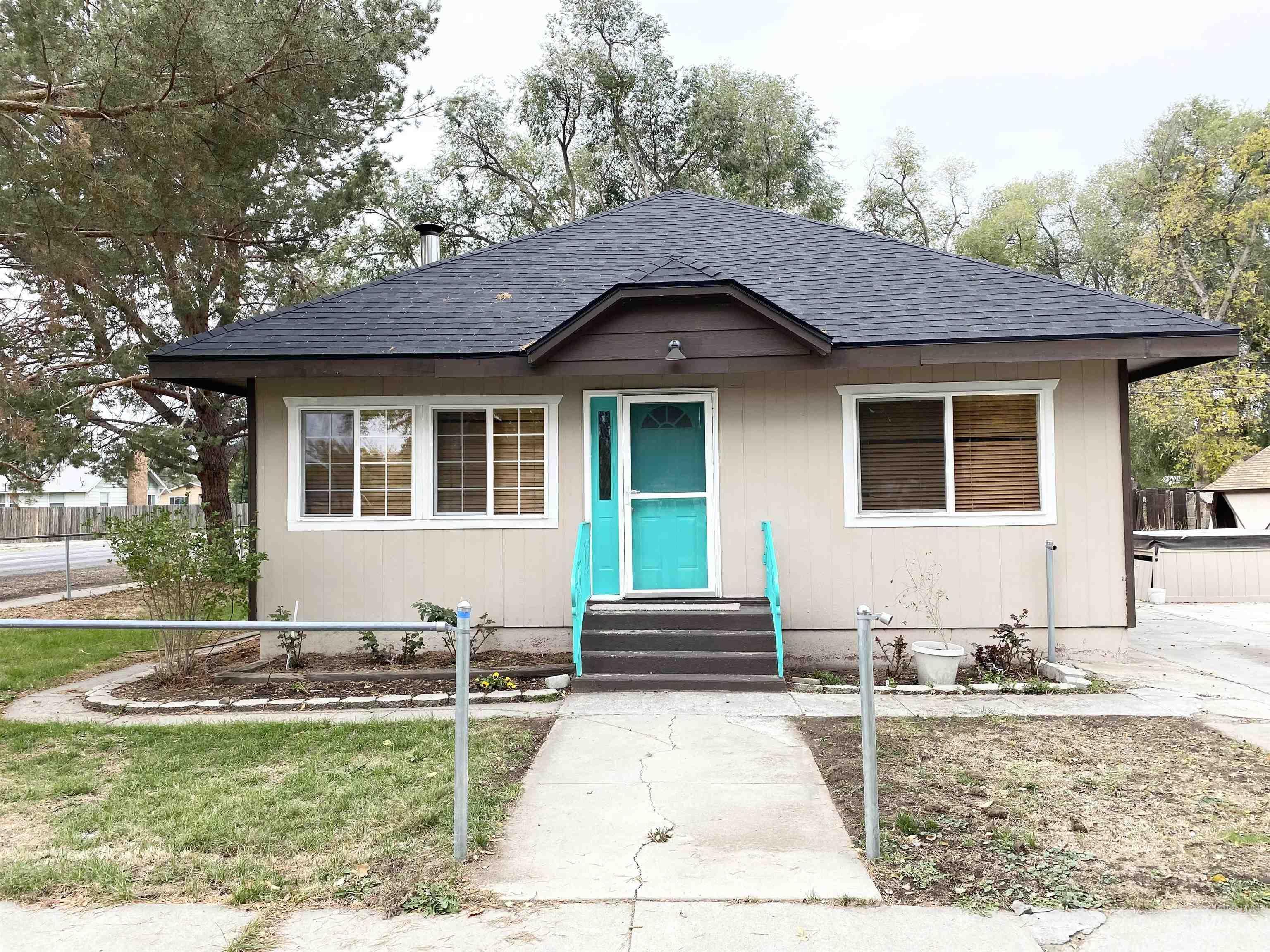 641 Colorado Street Property Photo