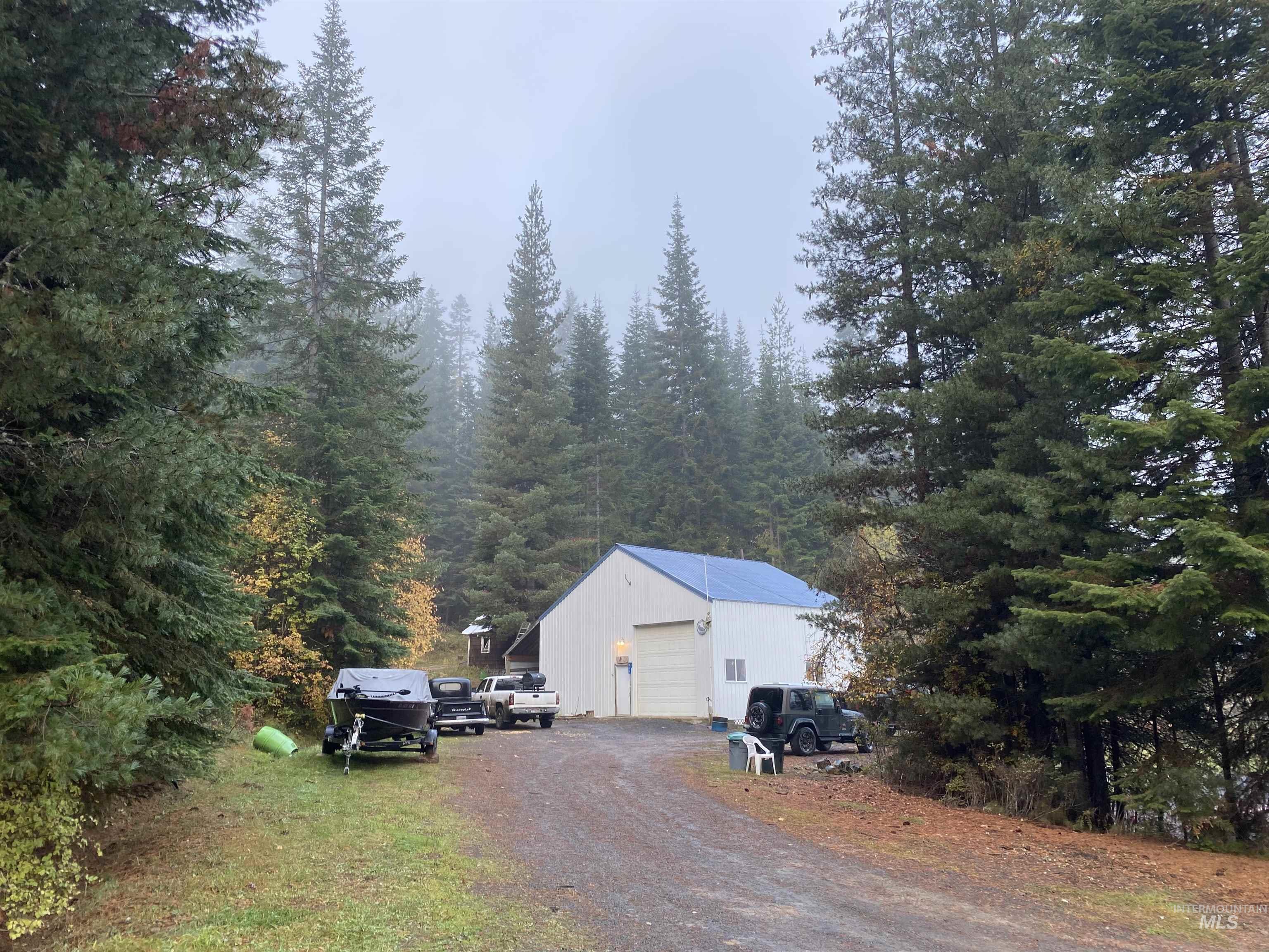 414 Spruce Court Property Photo 1