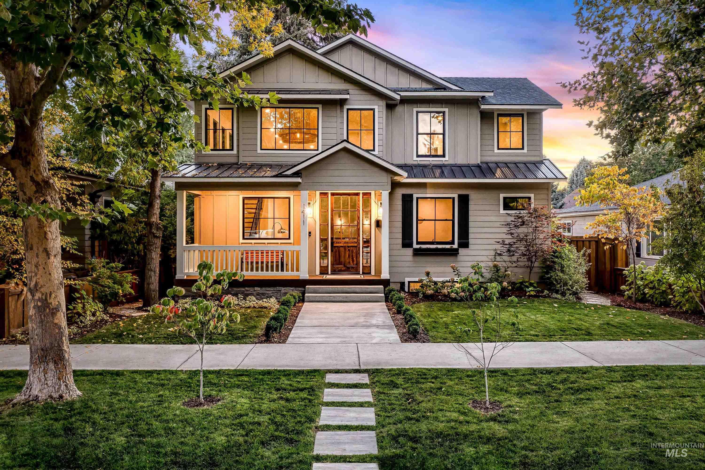 1411 E Franklin St Property Photo
