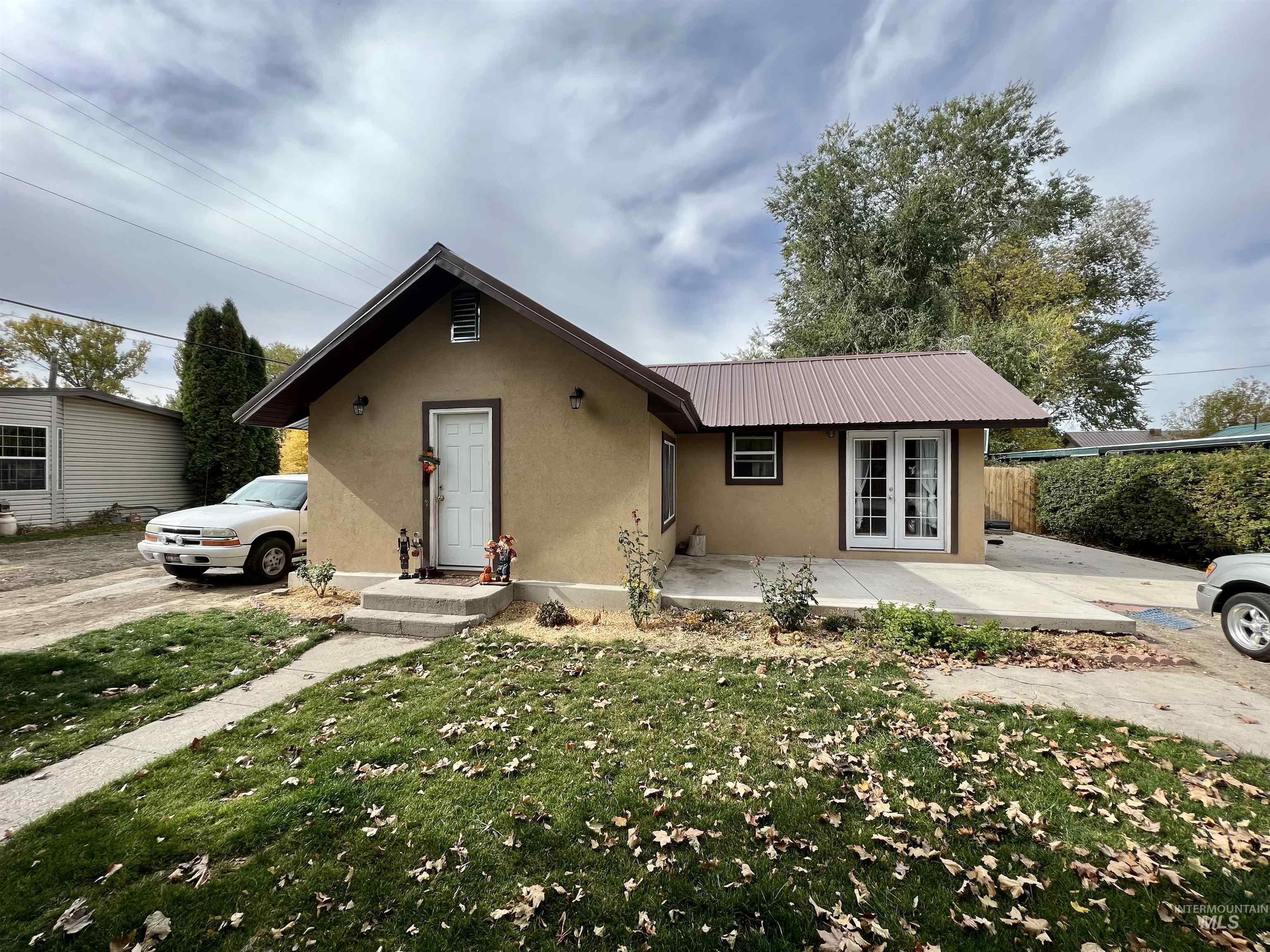 314 Lenz Ave. South Property Photo