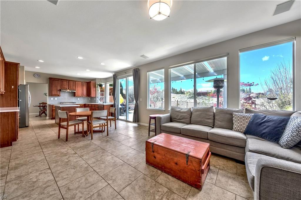 2931 Sage Ridge Drive Property Photo - Town out of Area, NV real estate listing