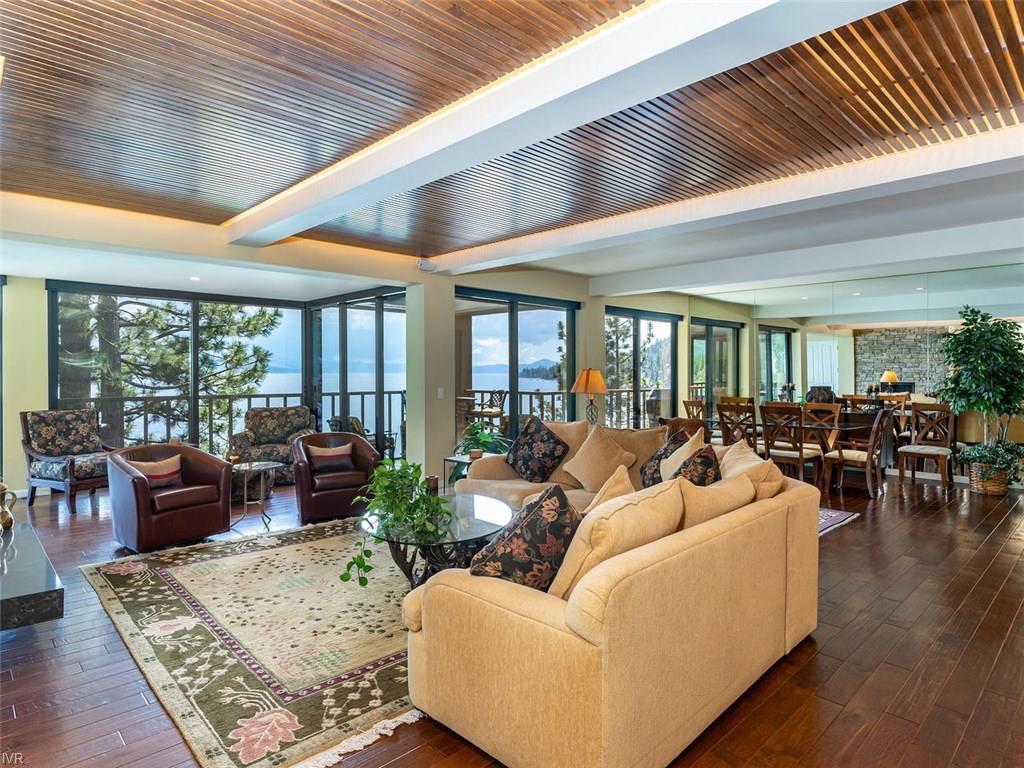 455 Lakeshore Blvd #6 Property Photo