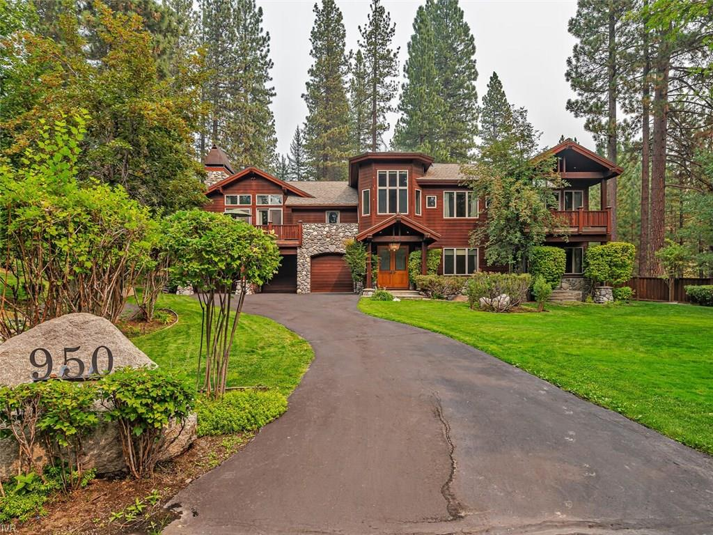950 Lakeshore View Court Property Photo