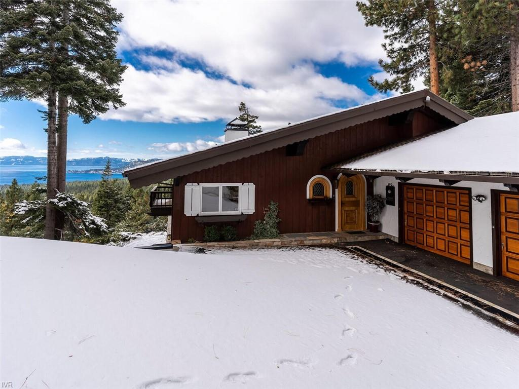 585 Fairview Boulevard Property Photo - Incline Village, NV real estate listing