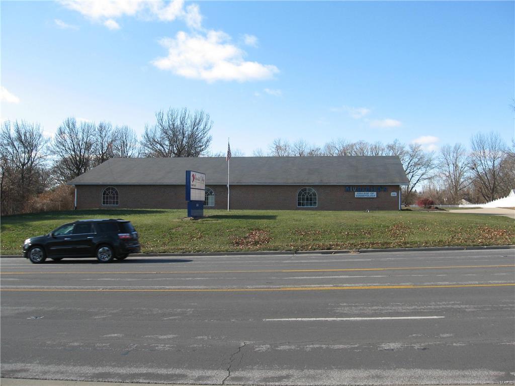 3050 Godfrey Road Property Photo - Godfrey, IL real estate listing